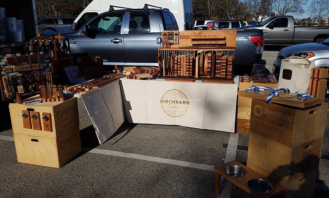 Hey there Hingham  todays our last farmers market forhellip